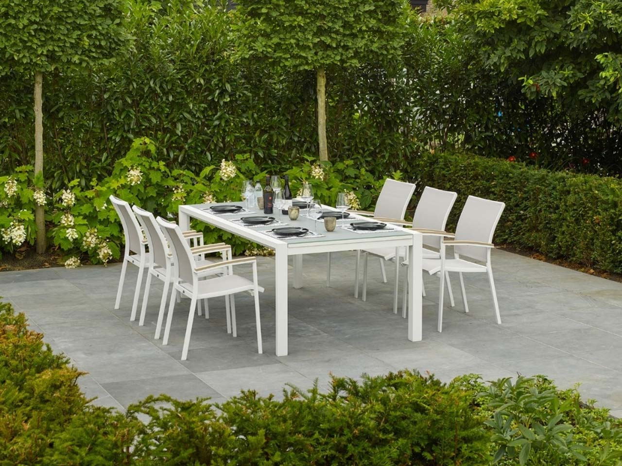 Anabel Life outdoor