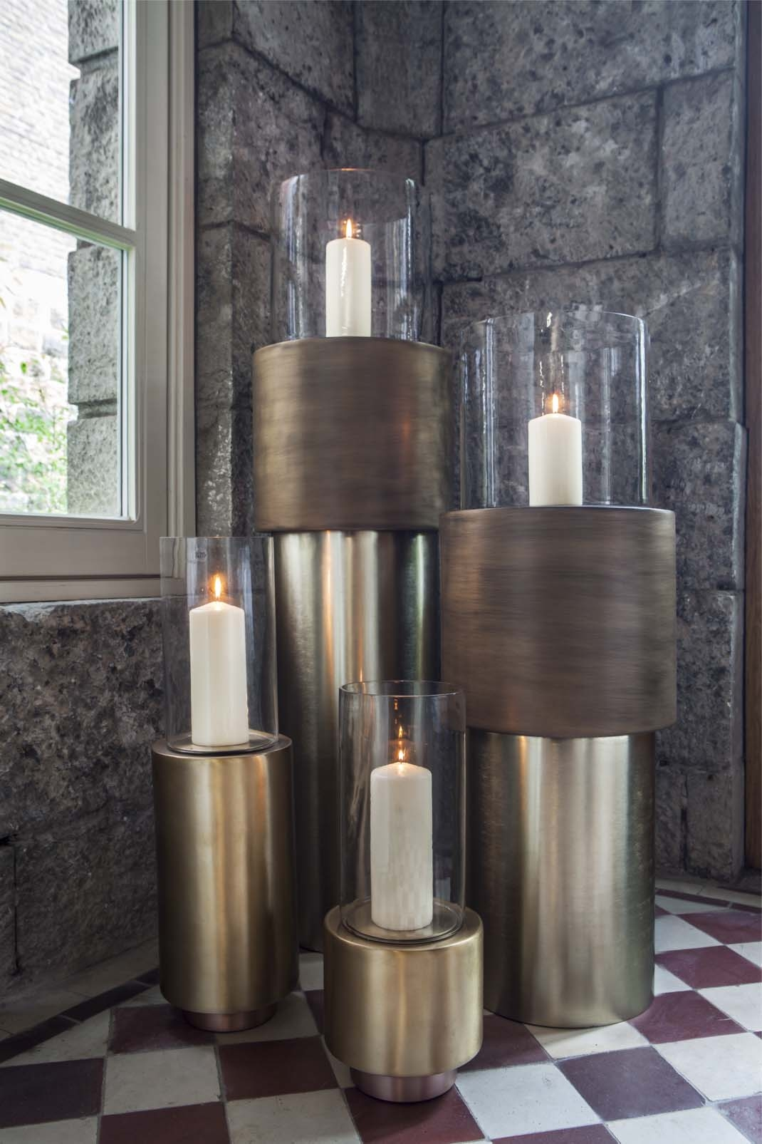 DOME DECO CANDLE HOLDERS